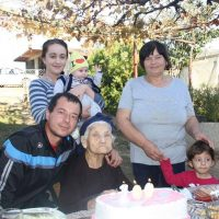 Најстариот жител на Македонска Каменица, денес го слави својот 100-ти роденден