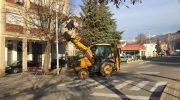 Започна новогодишното украсување на Македонска Каменица