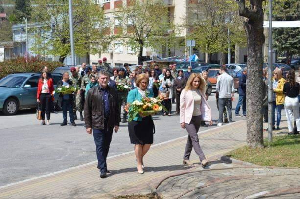 """Пригодно одбележување на патрониот празник на СОУ """"Миле Јаневски Џингар"""""""