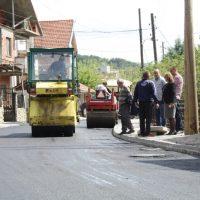 """Улица """"Вера Јоциќ"""" во Македонска Каменица со нов асфалт"""