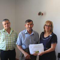 Започна доделувањето на картички за зелена нафта за земјоделците од Македонска Каменица