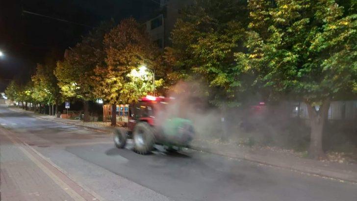 Вонредна дезинфекција на јавните површини и најфрекфентните улици во Македонска Каменица